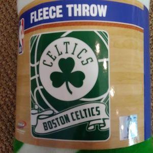 Celtics fleece throw